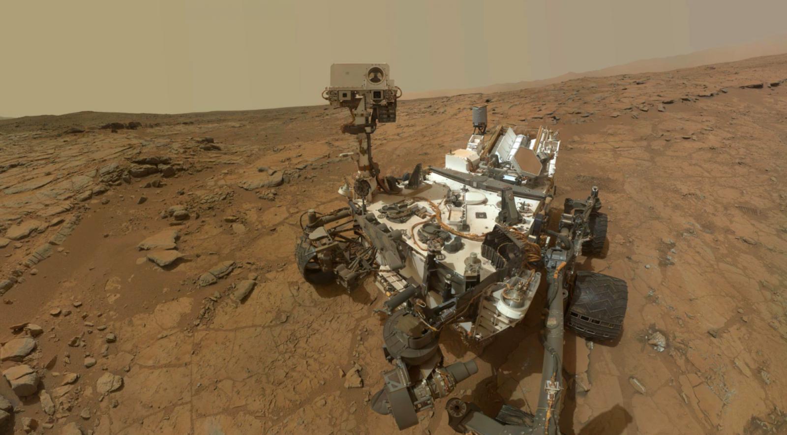 La sonda Curiosity a la superfície de Mart