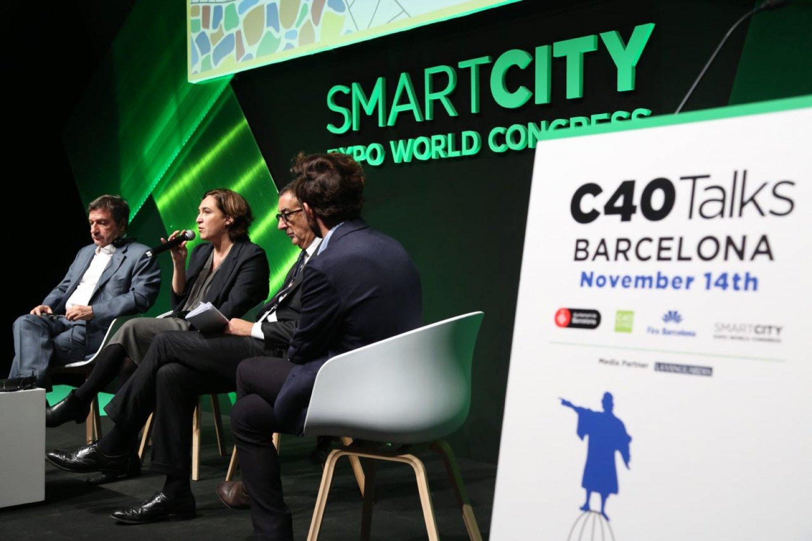 Ada Colau durant la trobada d'alcaldes del C40