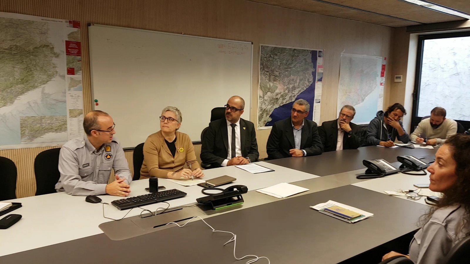 El conseller Buch i la resta de responsables d'A4CAT durant la presentació al CECAT