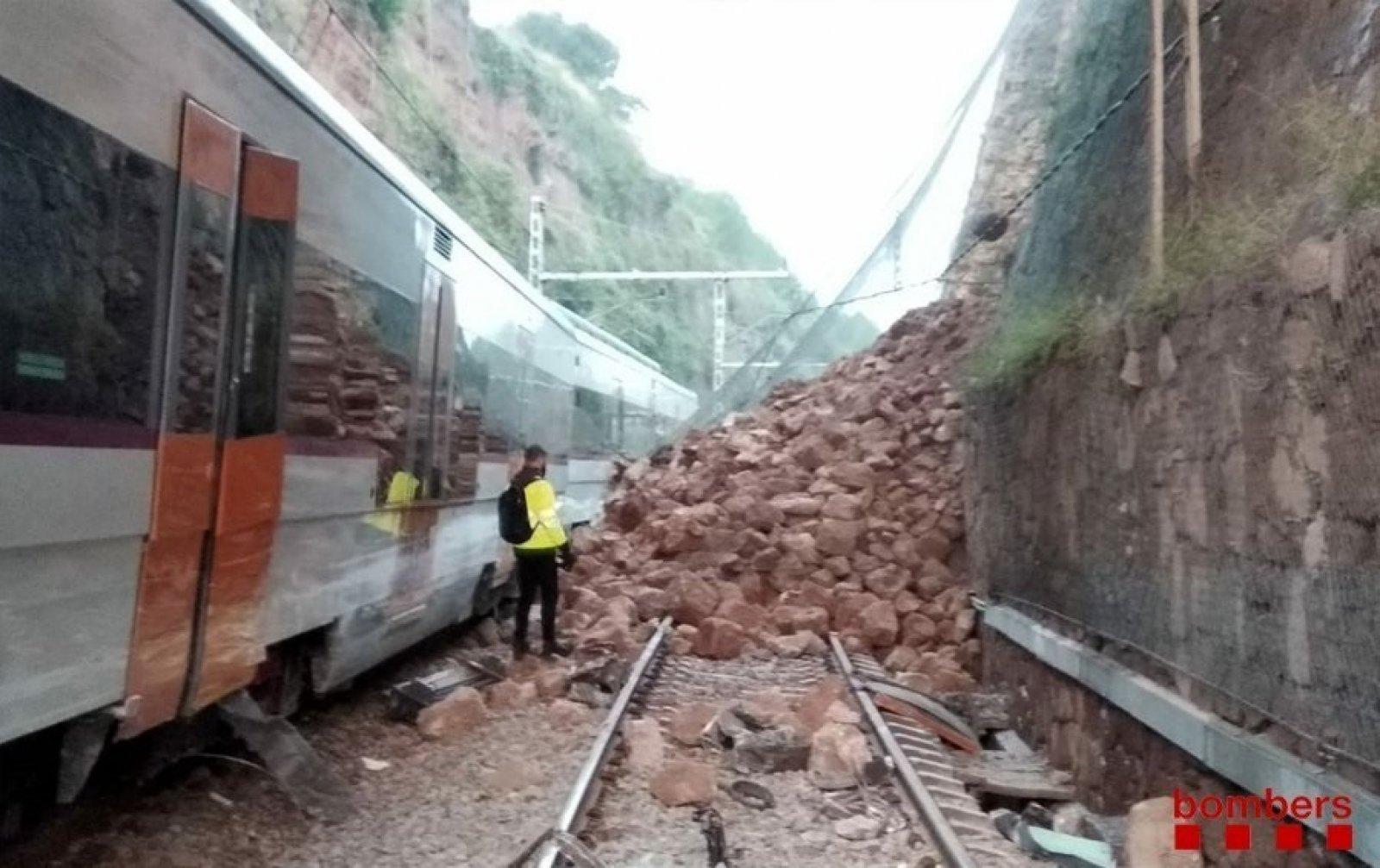 Esllavissada de Vacarrises que ha provocat el descarrilament del tren