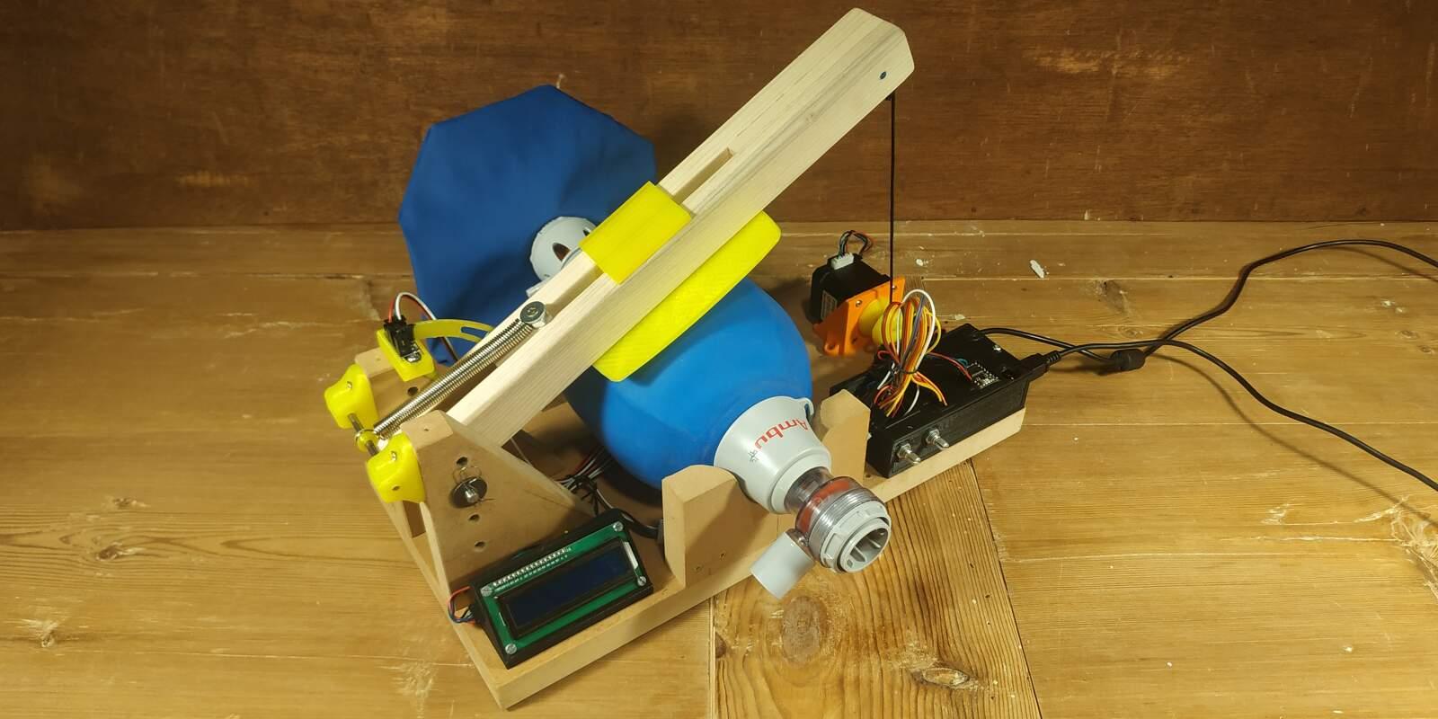 El respirador desenvolupat per la UPC Manresa